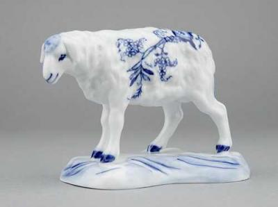 Zwiebelmuster Sheep, Original Bohemia Porcelain from Dubi
