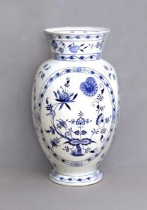 Zwiebelmuster Vase Large 48cm, Original Bohemia Porcelain from Dubi