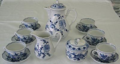Zwiebelmuster Coffee Set, Original Bohemia Porcelain from Dubi