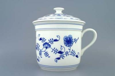 Zwiebelmuster Czech Mug with Handle and Cover, Original Bohemia Porcelain from Dubi