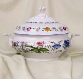 Nature Zwiebelmuster Tureen Oval 3L, Bohemia Porcelain from Dubi