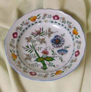 Nature Zwiebelmuster Flat Deep Plate 24cm, Bohemia Porcelain from Dubi