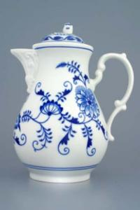 Zwiebelmuster Coffee Pot 1.55L, Original Bohemia Porcelain from Dubi