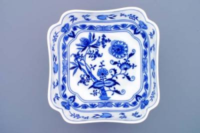 Zwiebelmuster Deep Square Salad Dish 24cm, Original Bohemia Porcelain from Dubi