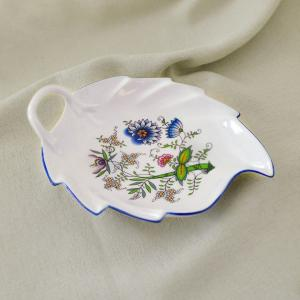 Zwiebelmuster Leaf Dish 19cm,NATURE Original Bohemia Porcelain from Dubi