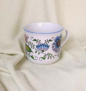 Zwiebelmuster Cook Mug, Nature Original Bohemia Porcelain from Dubi