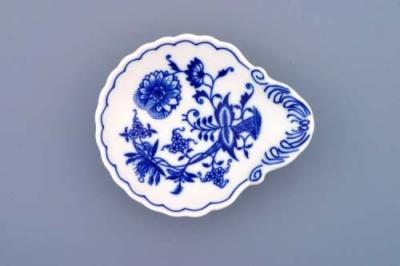 Zwiebelmuster Small Shell Dish, Original Bohemia Porcelain from Dubi
