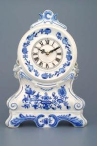 Zwiebelmuster Sale 25% off Fireplace Clock with Roses,Original Bohemia Porcelain from Dubi